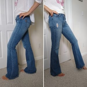 PAIGE 30 bell canyon medium wash flare jeans